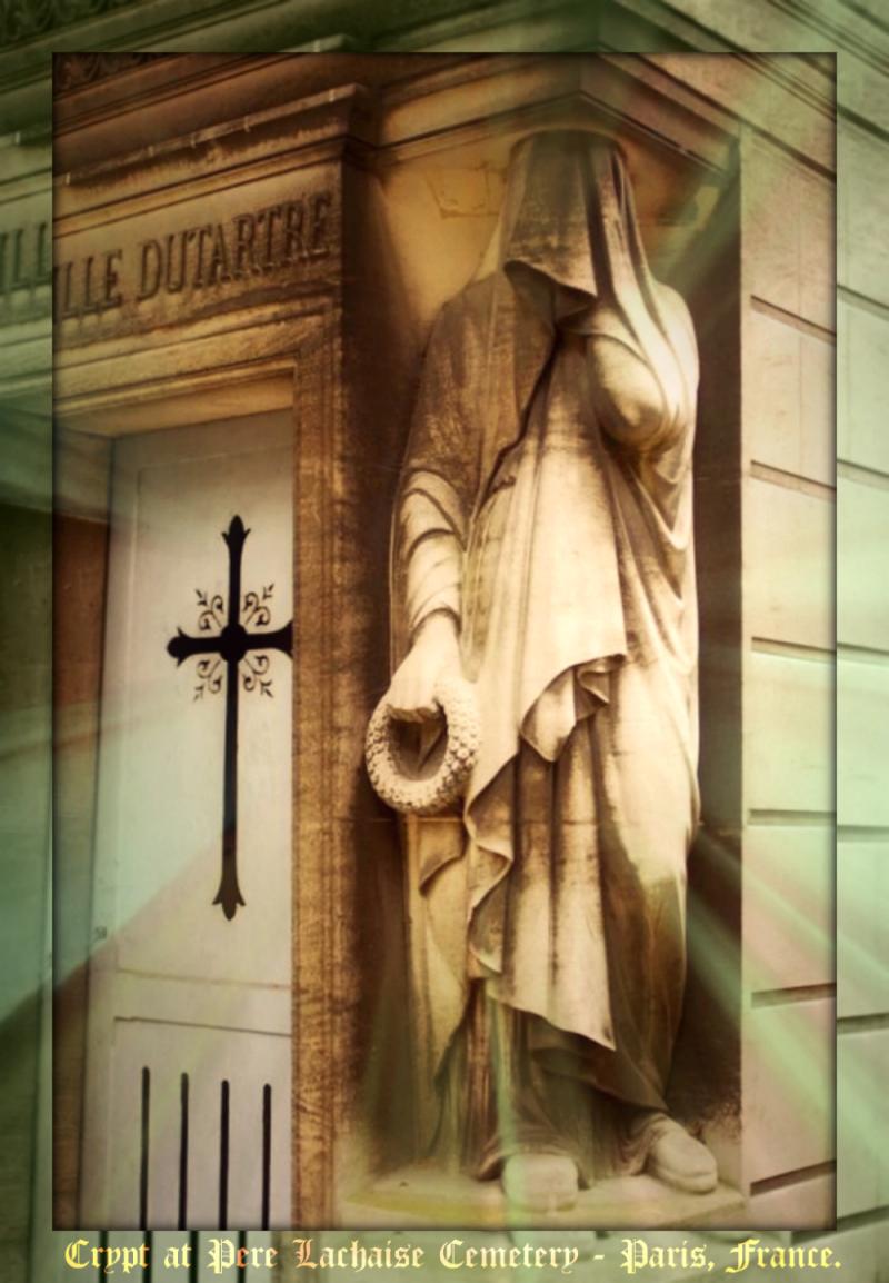 Père Lachaise, Paris cemetery4a