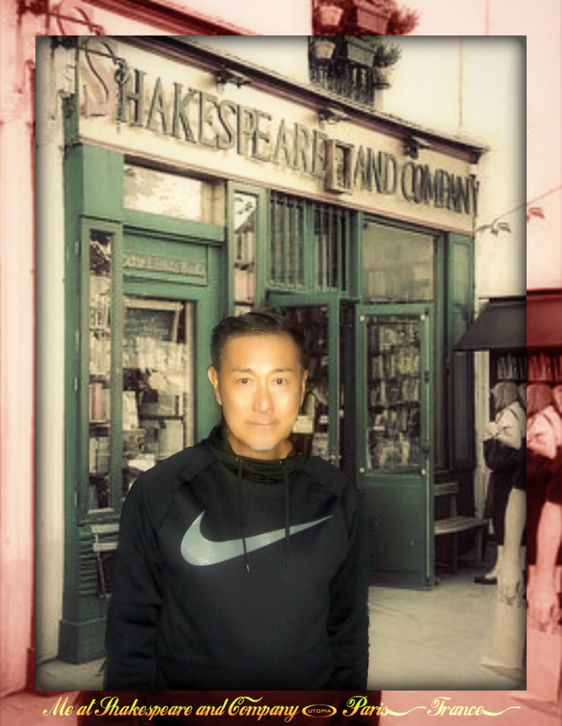 Shakespeare and Company  Paris  France - Me1